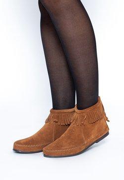 Minnetonka - Stiefelette - brown