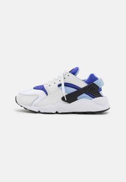 Nike Sportswear - HUARACHE - Zapatillas - white/lapis/black