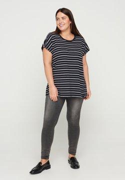 Zizzi - T-Shirt print - black/white stripe