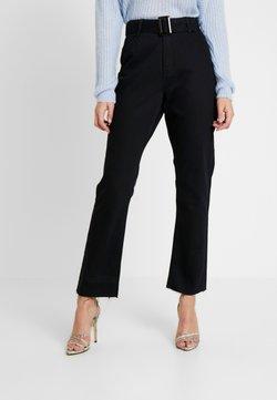 Missguided Tall - TORTOISE BUCKLE - Straight leg jeans - black