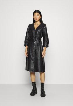 Selected Femme - SLFJOHANNE 7/8 DRESS - Korte jurk - black