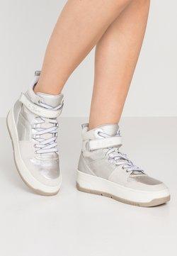 s.Oliver - Sneaker high - white