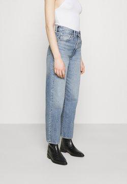 Levi's® - WELLTHREAD RIBCAGE ANKLE - Straight leg jeans - moon stone indigo
