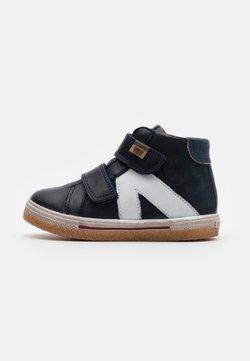 Bisgaard - DARA - Sneakers hoog - navy
