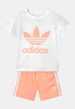 adidas Originals - SET UNISEX - Short - white/glow pink