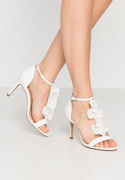 Wallis - PETAL - Sandaletter - white