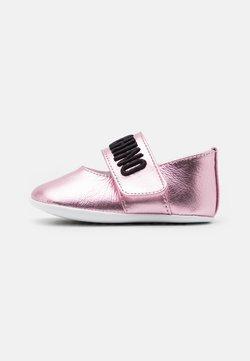 MOSCHINO - Krabbelschuh - light pink