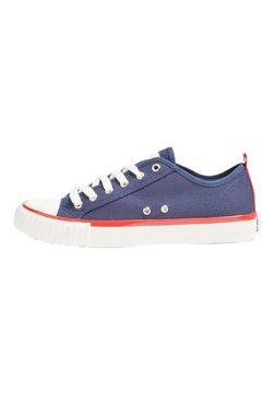 Guess - NEW WINNERS - Sneaker low - himmelblau