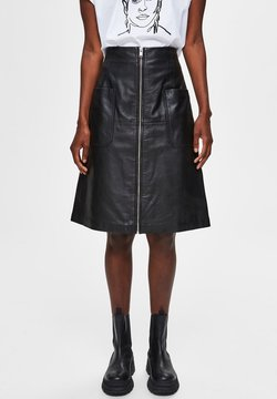 Selected Femme - A-linjekjol - black