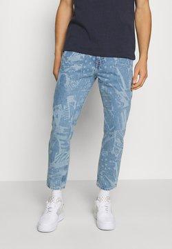 Tommy Jeans - DAD JEAN STRAIGHT - Jeans Straight Leg - laser light blue rigid