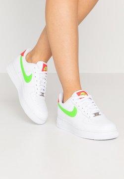 Nike Sportswear - AIR FORCE 1 - Sneaker low - white/laser crimson/green strike