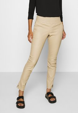 Ibana - COLLETTE - Leather trousers - sand