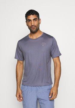 Nike Performance - Nike Run Division - T-shirt imprimé - world indigo