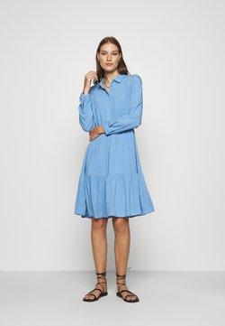 Moss Copenhagen - KAROLINA SHIRT DRESS - Skjortekjole - blue