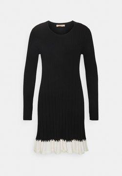 TWINSET - ABITO IN MAGLIA CON BALZINA - Vestido de punto - nero/neve