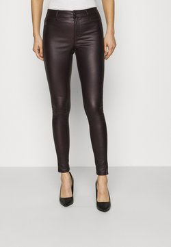 Dorothy Perkins - COATED FRANKIE - Trousers - berry