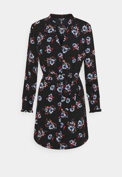 Pieces Petite - PCLUNILLA SHIRT DRESS - Blusenkleid - black