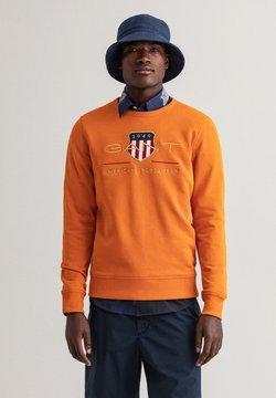 GANT - PLUS ARCHIVE SHIELD - Collegepaita - savannah orange