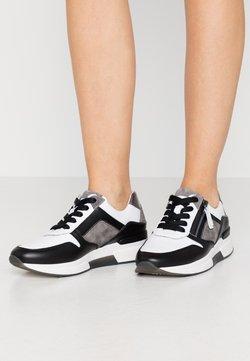 Gabor Comfort - Sneaker low - weiss/stone/schwarz