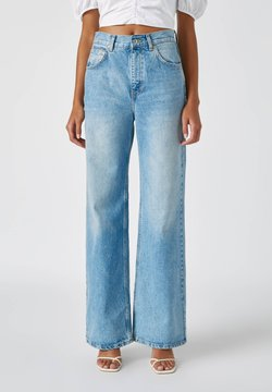 PULL&BEAR - FLARE-FIT - Flared Jeans - blue