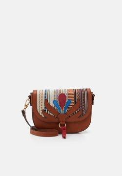 PARFOIS - CROSSBODY BAG LOTUS - Torba na ramię - camel