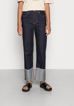 ONLY - ONLMEGAN WIDE CROPANK FOLD  - Relaxed fit jeans - dark blue denim