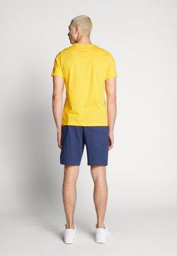 Nike Sportswear - CLUB - Short - midnight navy/white