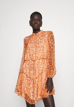 Milly - NATASHA LEOPARD DRESS - Robe chemise - amber glow multi
