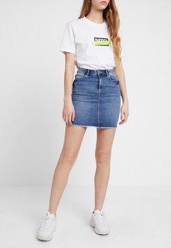 Pieces - PCAIA SKIRT - Jeansrock - light blue denim