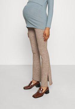 Cotton On - FRIENDLY SPLIT SIDE MATCH BACK PANT - Pantalones - cocoa bean marle