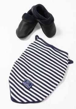 POLOLO - KLASSIK SET - Chaussons pour bébé - enzianblau