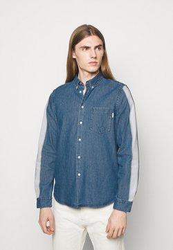 PS Paul Smith - MENS TAILORED FIT SHIRT - Koszula - bright blue