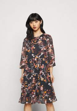 Pieces Petite - PCFLOWIN DRESS - Vapaa-ajan mekko - black