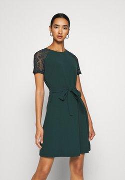 Vero Moda - VMJASMINE LACE TIE SHORT DRESS - Vestido ligero - ponderosa pine