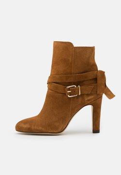 San Marina - AGNAVI - High Heel Stiefelette - camel