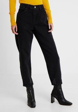 Miss Selfridge Petite - Relaxed fit jeans - black