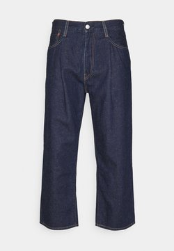 Levi's® - STAY LOOSE PLEATED CROP - Jeans Relaxed Fit - dark indigo