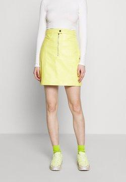 HOSBJERG - RUDY SKIRT - Leather skirt - yellow