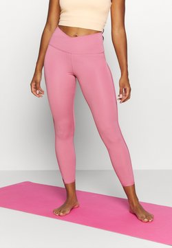 Nike Performance - YOGA CORE CUTOUT 7/8 - Leggings - desert berry/light arctic pink