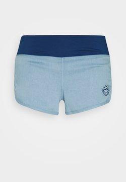 BIDI BADU - HULDA TECH SHORTS - Pantaloncini sportivi - jeans/dark blue