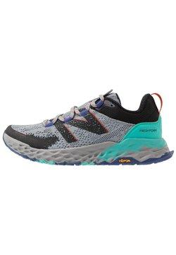 New Balance - FRESH FOAM HIERRO GTX - Zapatillas de trail running - grey