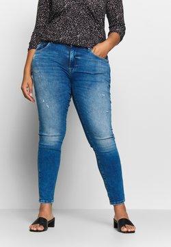 ONLY Carmakoma - CARPISA DESTRO - Jeans Slim Fit - medium blue denim