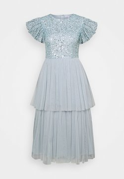 Maya Deluxe - DELICATE SEQUIN TIERED DRESS - Vestido de cóctel - glacier blue