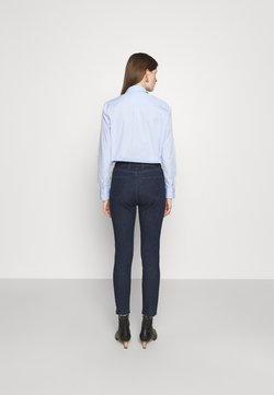 Pinko - SUSAN  - Jeans Skinny Fit - blue denim
