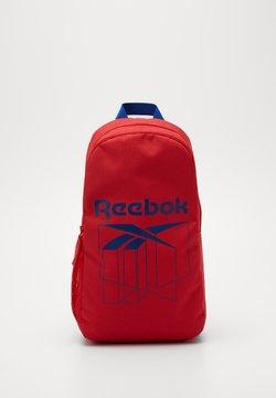 Reebok - Reppu - red