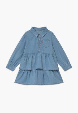 Levi's® - TIERED DENIM  - Vestido vaquero - blue denim