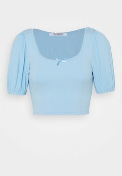 Glamorous - BOW FRONT SCOOP CROP WITH PUFF SHORT SLEEVES - T-Shirt print - baby blue