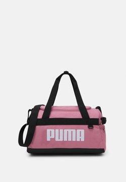 Puma - CHALLENGER DUFFEL BAG XS UNISEX - Sports bag - foxglove