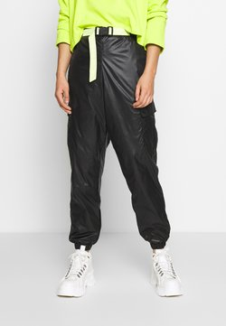 Puma - PANTS - Jogginghose - black