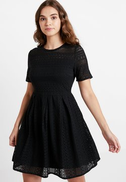 Vero Moda - VMHONEY PLEATED DRESS - Freizeitkleid - black